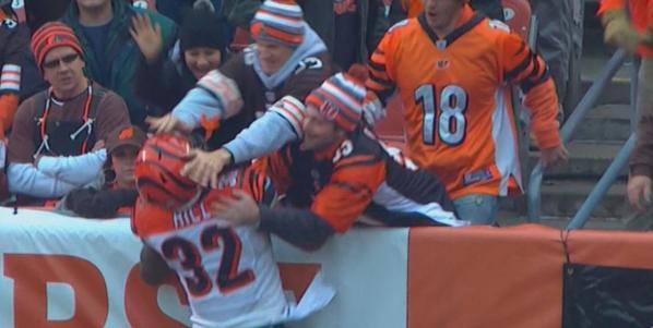 Browns fan push 2